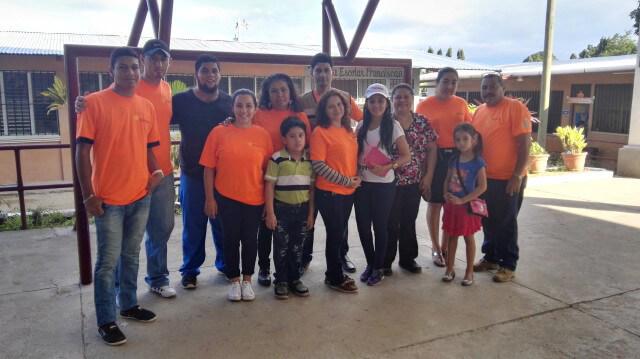 Azunosa brinda apoyo a la comunidad en salud y sanidad