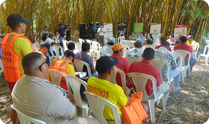 Azunosa beneficia comunidades al prevenir inundaciones