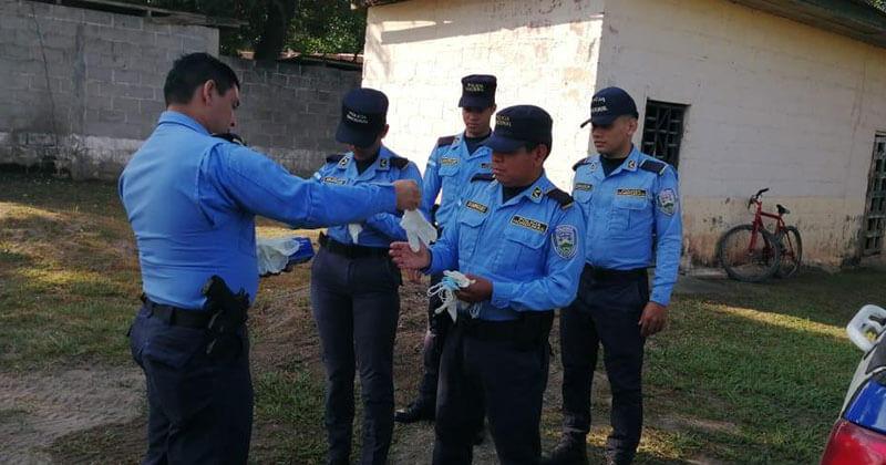 AZUNOSA en campaña de prevención por Covid-19 en Valle de Sula